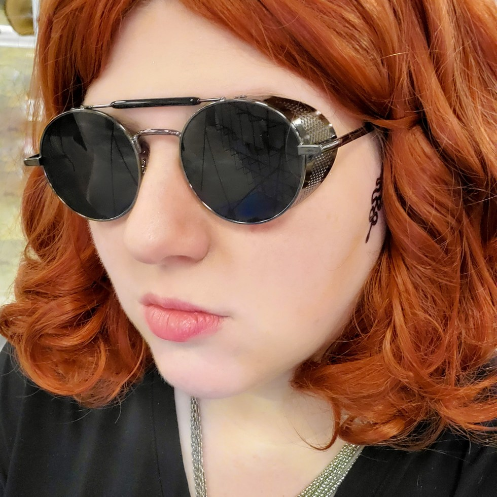 Wilde Cosplay as Crowley from Good Omens at Nomikai Dallas 2019