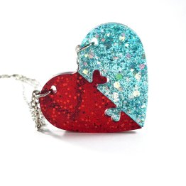 Red & Teal Heart Necklace Set by Wilde Designs