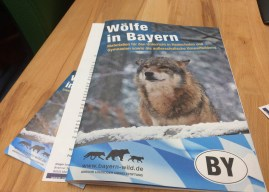 Gregor Louisoder Umweltstiftung presented Wolf Education Material