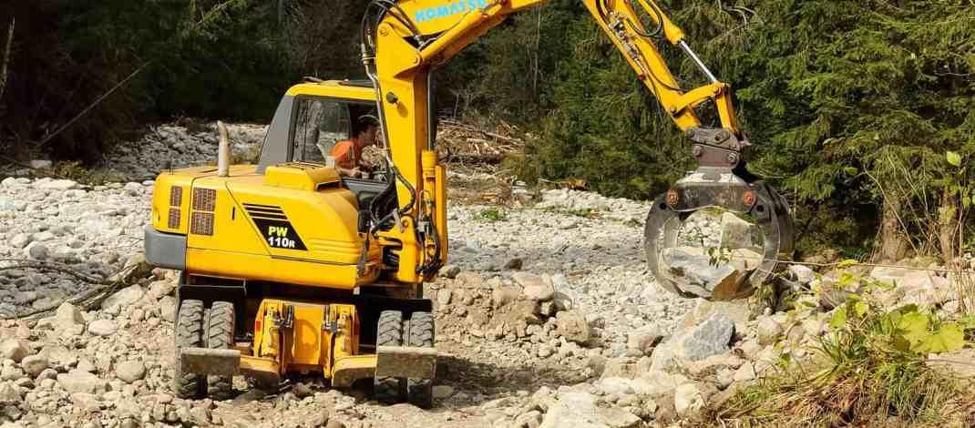 Bella River Destruction onstruction-21706.JPG - European Wilderness Society - CC NonCommercial-NoDerivates 4.0 International