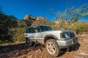 Range Rover at the top of the old mining road - by Jabon Eagar