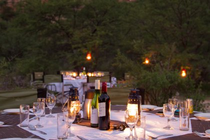 Pop-Up Camps outdoor dining 2 - Copy