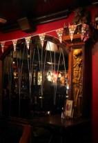 Unheimlicher Pub / Eerie pub