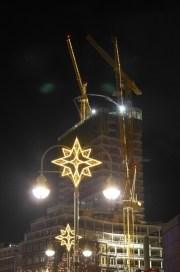 Sogar die Kräne sind beleuchtet / Even the cranes were lighted