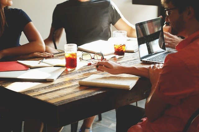 5 Tips For More Productive Meetings