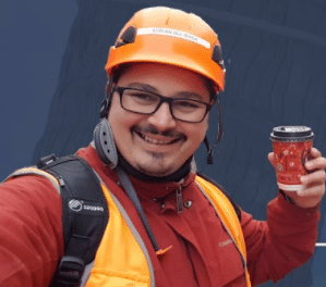 How Adrian Diaz is Building Affiliates Sites on the Side as a Full-time Construction Worker