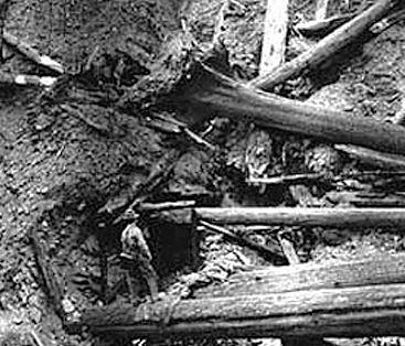 Pulaskis mine shaft
