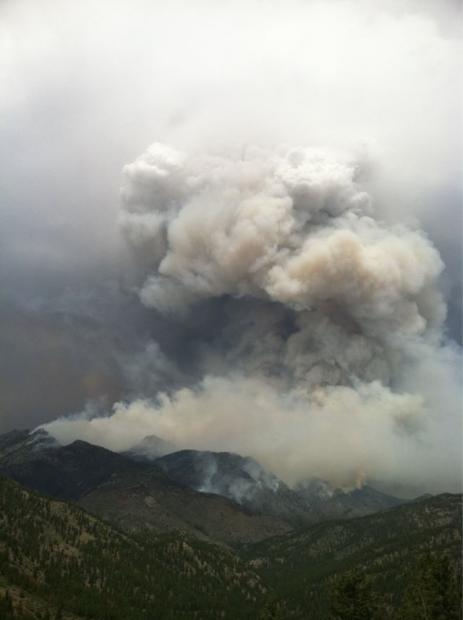 Hewlett fire May 16, 2012 Photo by Amy Cosper