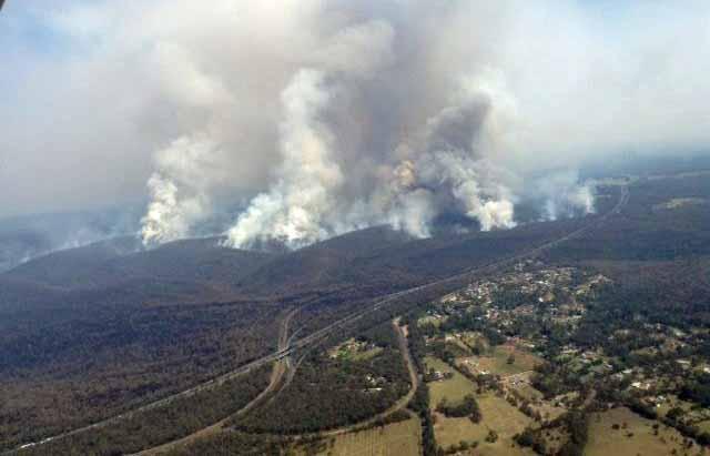 Hall Road Fire, Balmoral Village