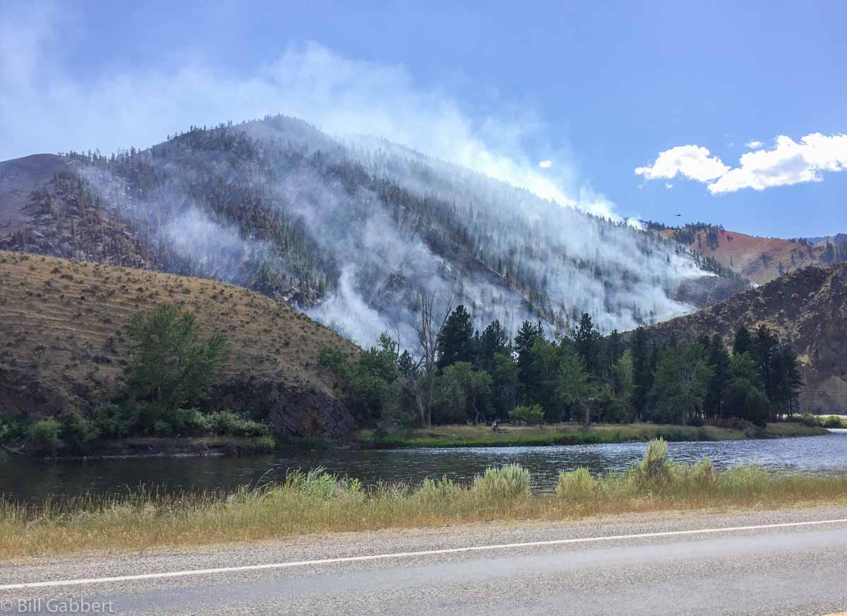 Comet Fire burns hundreds of acres north of Salmon, Idaho
