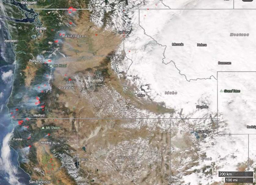 satellite photo fires northwest united states
