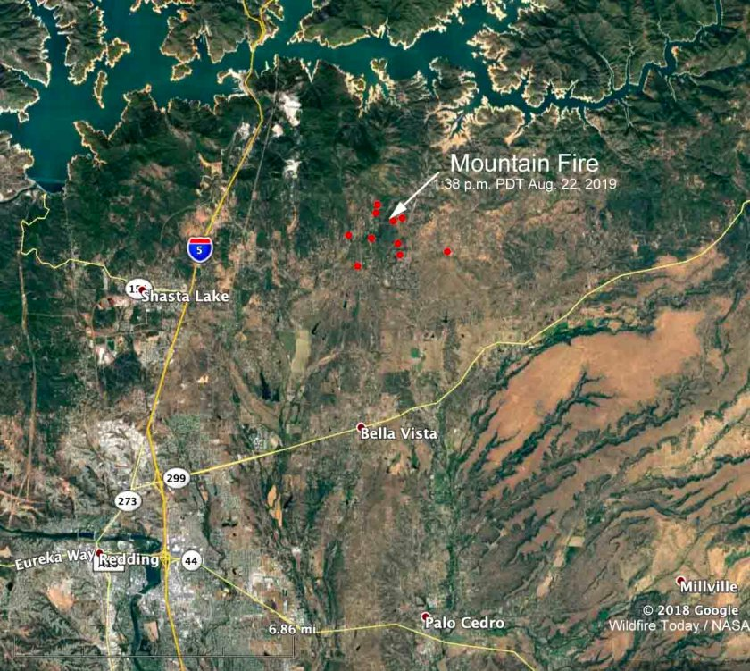 California Map Mountain.Mountain Fire Causes Evacuations Northeast Of Redding California