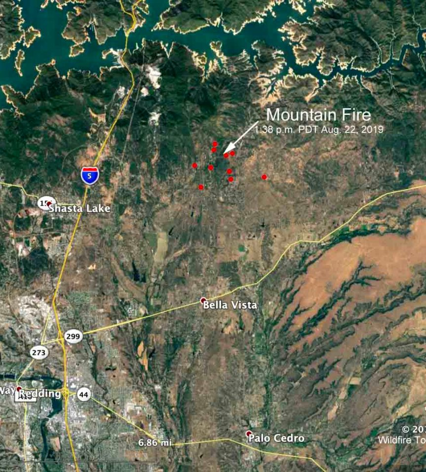 Tenaja Fire causes evacuations near Murrieta, California