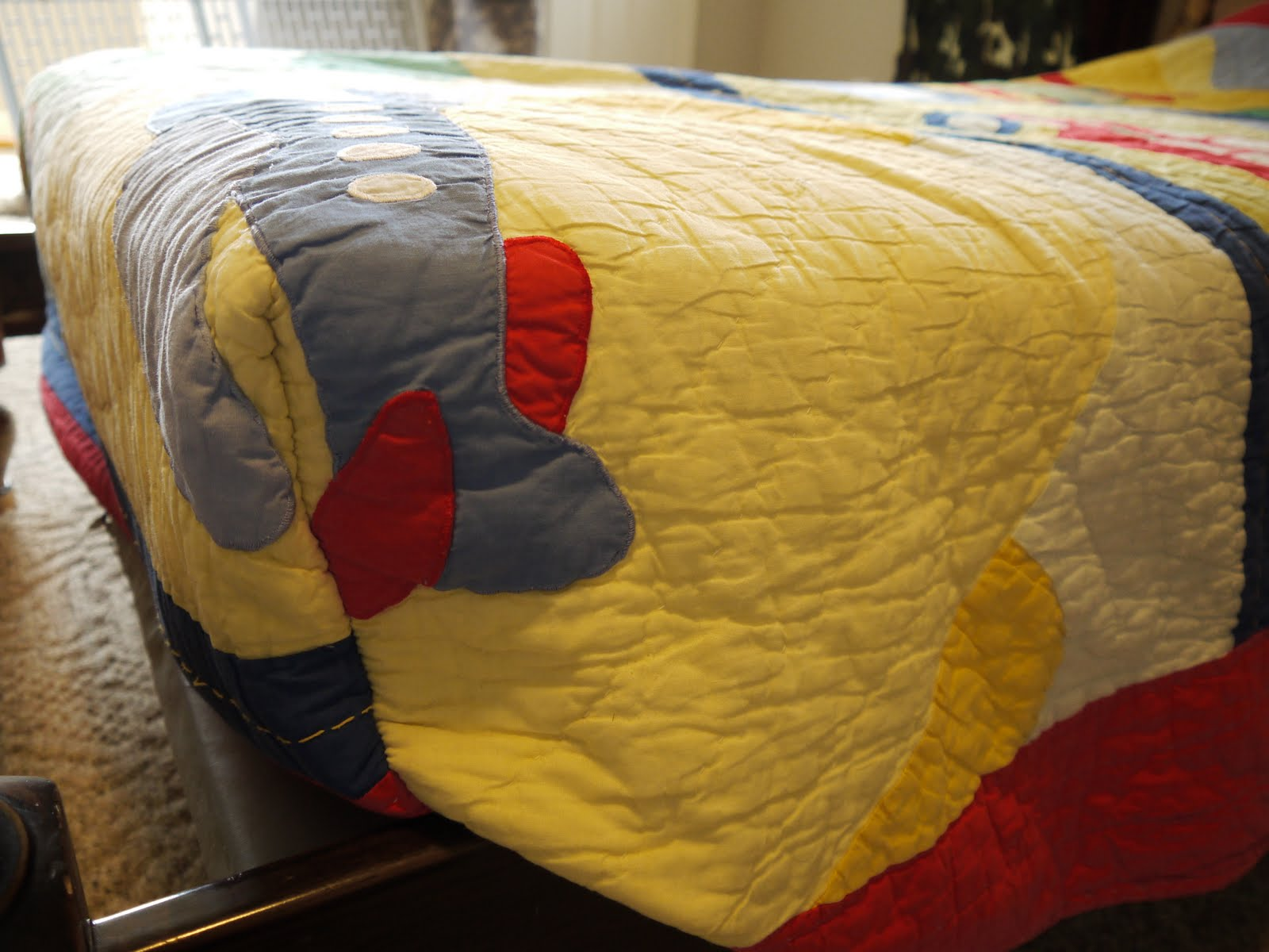 Simple and Useful – Boxed Corners Sewn on a Child\'s Quilt ...