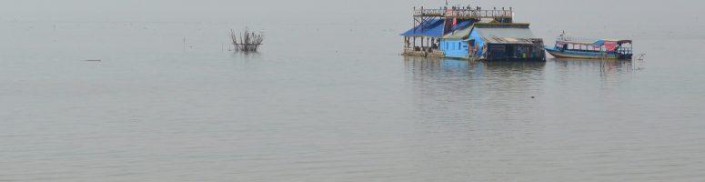 Floating villages of Tonle Sap Lake & why Giant Ibis rocks :)