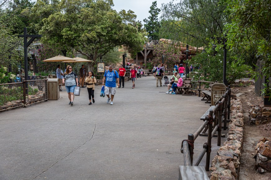 Galaxy's Edge entrance in Frontierland, Disneyland