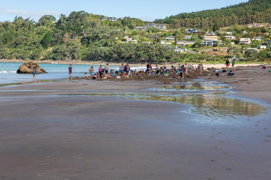 Hot Water Beach, Coromandel Peninsula, North Island, New Zealand.