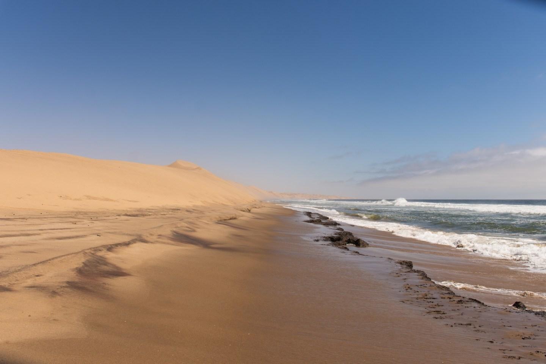 Namib-Desert-Sandwich-Harbour-4x4-tour-10