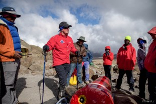 Ross demonstrating the PAC at 4700m on Kilimanjaro