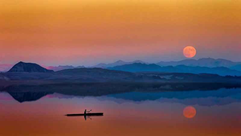 Dark Moon Reflection + New Moon Ritual