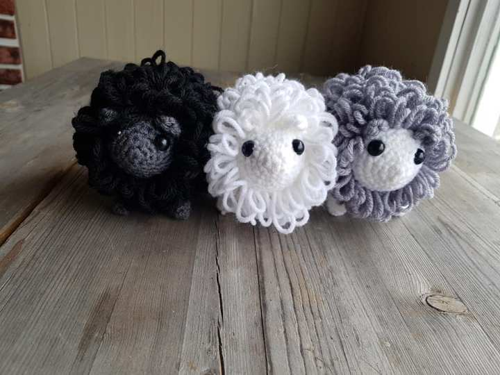 Shyla's Crochet Creations featured on What I Made Wednesday | WildRoseFarmer.com