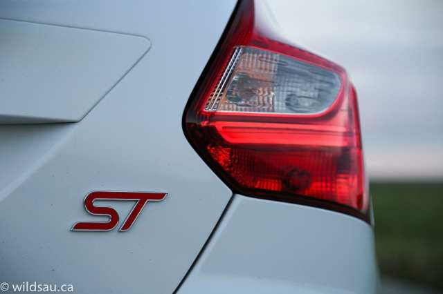 ST rear badge
