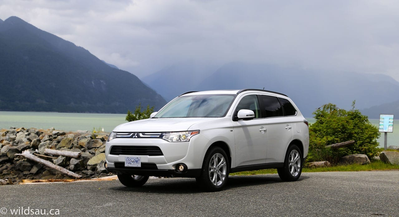Pricing: 2014 Mitsubishi Outlander GT S AWC