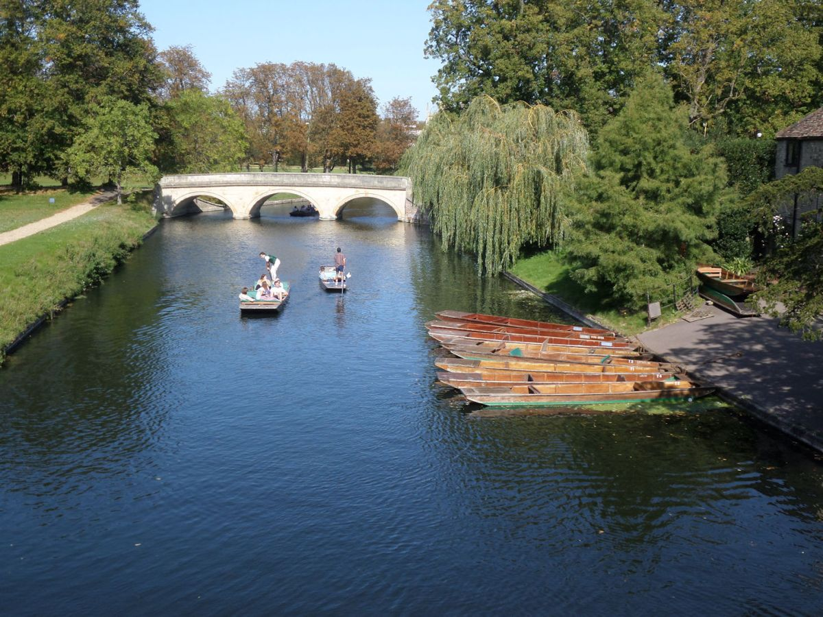 The Cambridgeshire Length 1.3: Cambridge waters hurry by