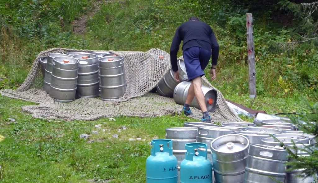 Zamkovskeho chata hut beer