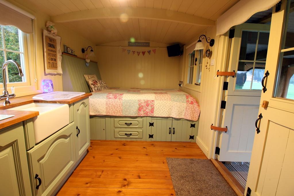 Hampshire Shepherds Hut Bedroom