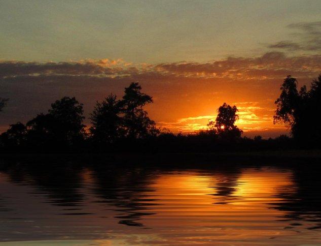 september sunset, lake scene, south indiana