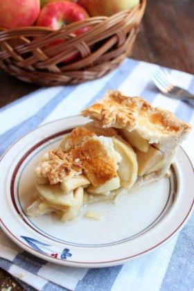 Apple Pie | wildwildwhisk.com