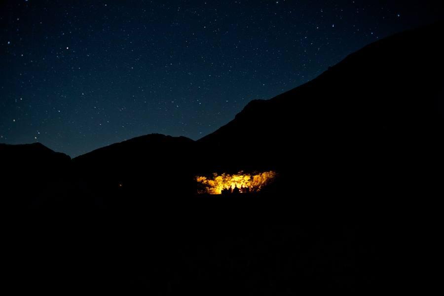 10_pack-trip-night