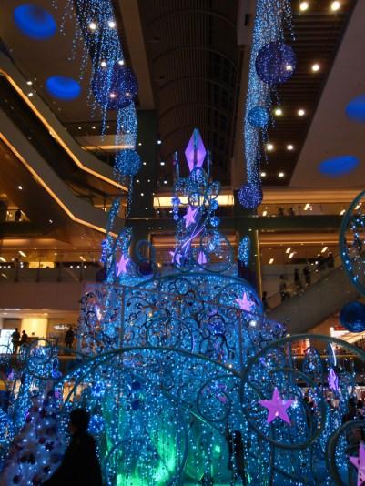 Oh, I love tacky Asian Christmas decorations <3