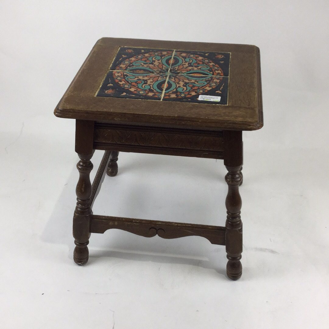 catalina pottery 4 tile top table from the a w fridley collection author of the catalina pottery the early years 19 w x 19 h