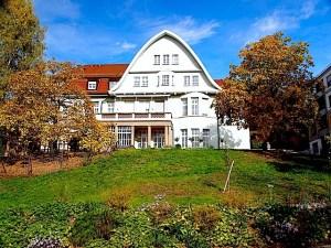 Leo Vetter-Villa Emma-Reichle-Heim Stuttgart Hedelfingen Rohrackerstr. 171 Tagespflege Evangelische Altenheimat