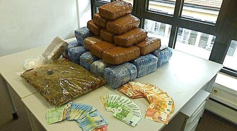 Rauschgift beschlagnahmt Nellingen 15.3.2018