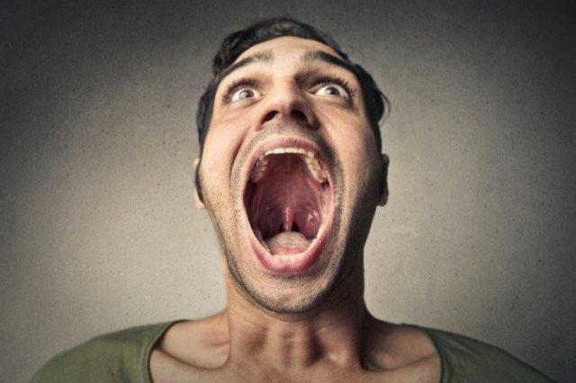 味覺改變、嘴張不大當心癌前兆! 牙醫公布口腔癌10大變化