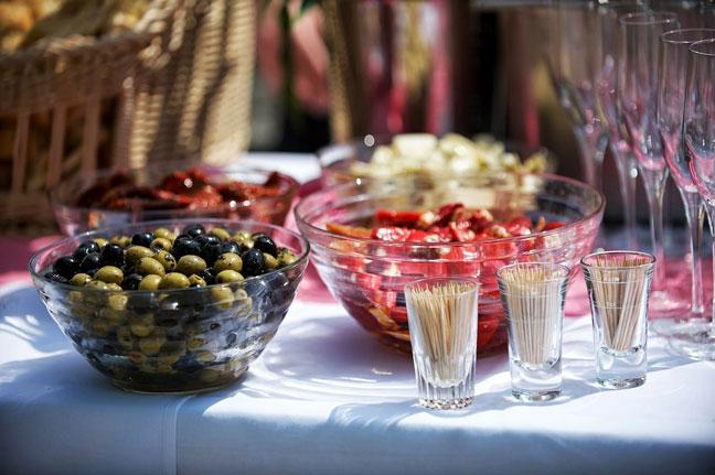 usługi cateringowe - Willa Tram w Koninkach
