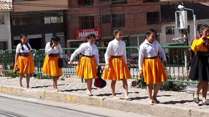 girls of Cusco