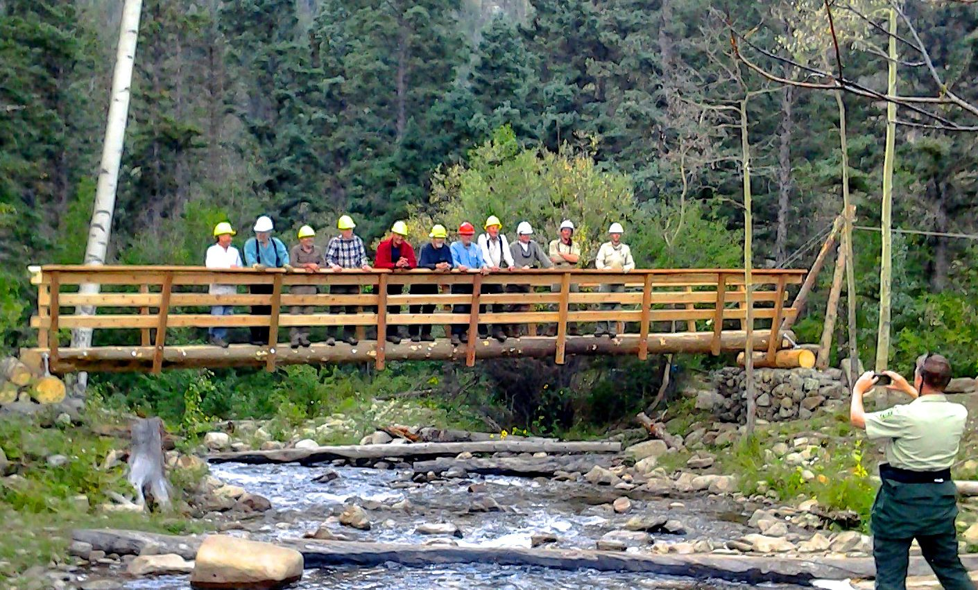 smokejumpers build new hikers 39 bridge to pecos high country william kemsley jr. Black Bedroom Furniture Sets. Home Design Ideas