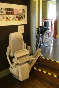 how to use a stair lift