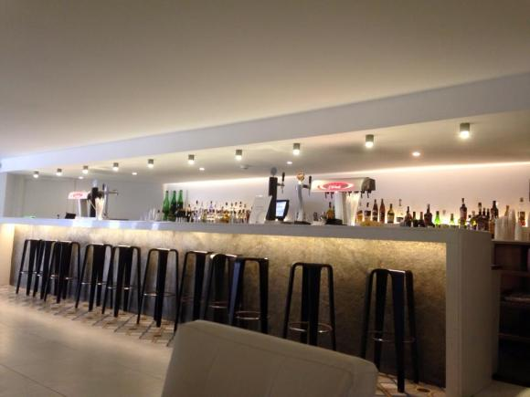 Bar area at the Fergus Playa Blanca
