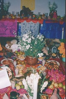 Day of the Dead Food Offerings, via Wikimedia Commons