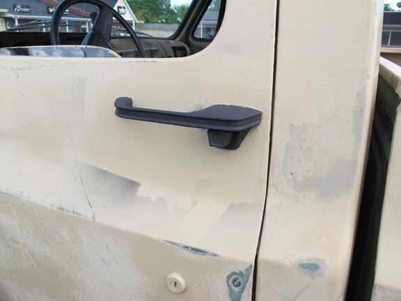 door-handles-blacked