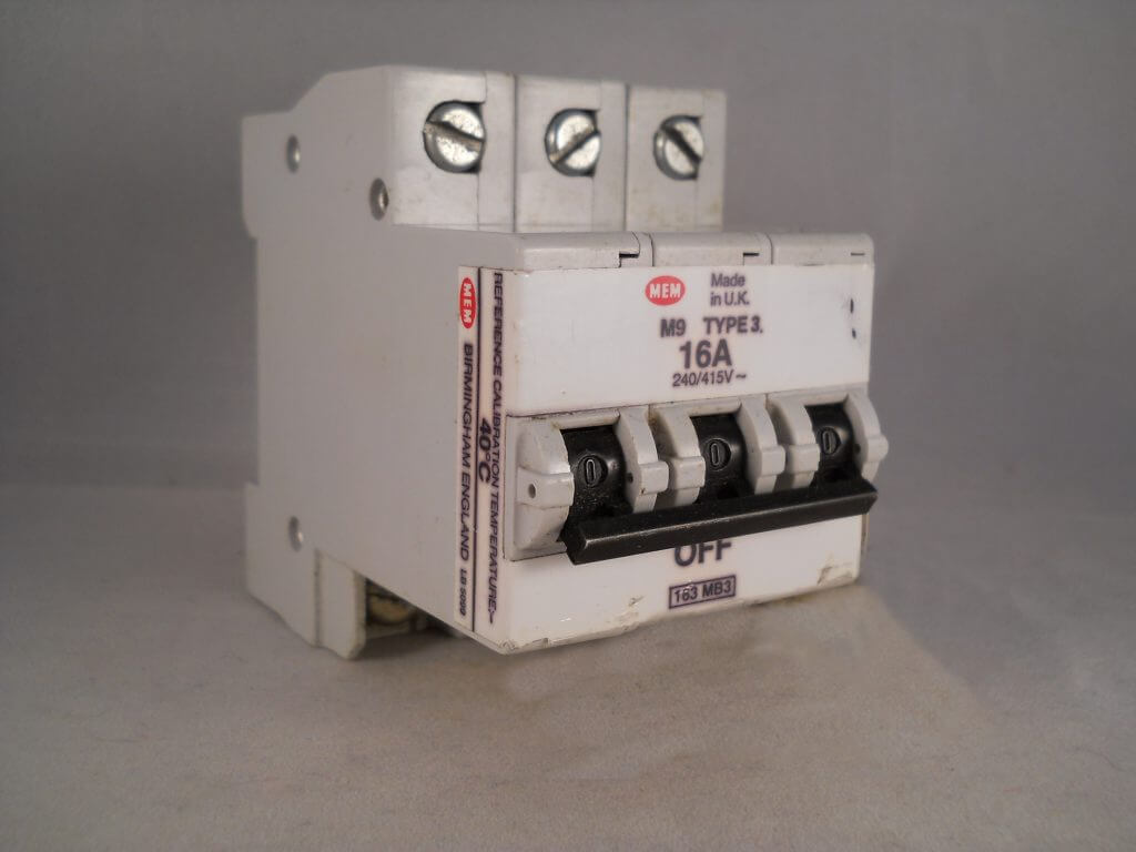 SAME AS WYLEX NSBS16//1 SECTOR 16 AMP B16 30mA SVRCB16//B RCBO CIRCUIT BREAKER