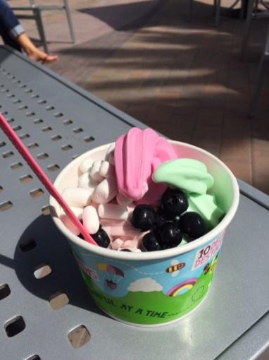 Westküsten-Sweet-Frog-Version: Yogurtland