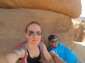 Pause unter dem Delicate Arch bei 40°C