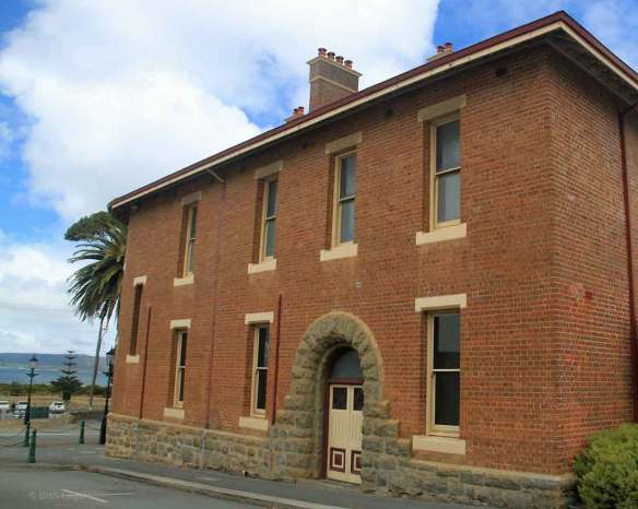 Side view of the Courthouse looking out towards King George's Sound, Albany.