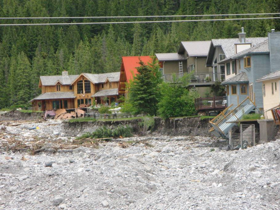 Devastating images of the homes that just on Wed were a whole yard and 15 m away from the creek